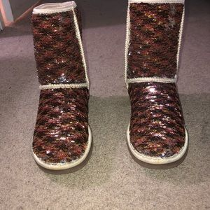 Classic short sparkle Uggs